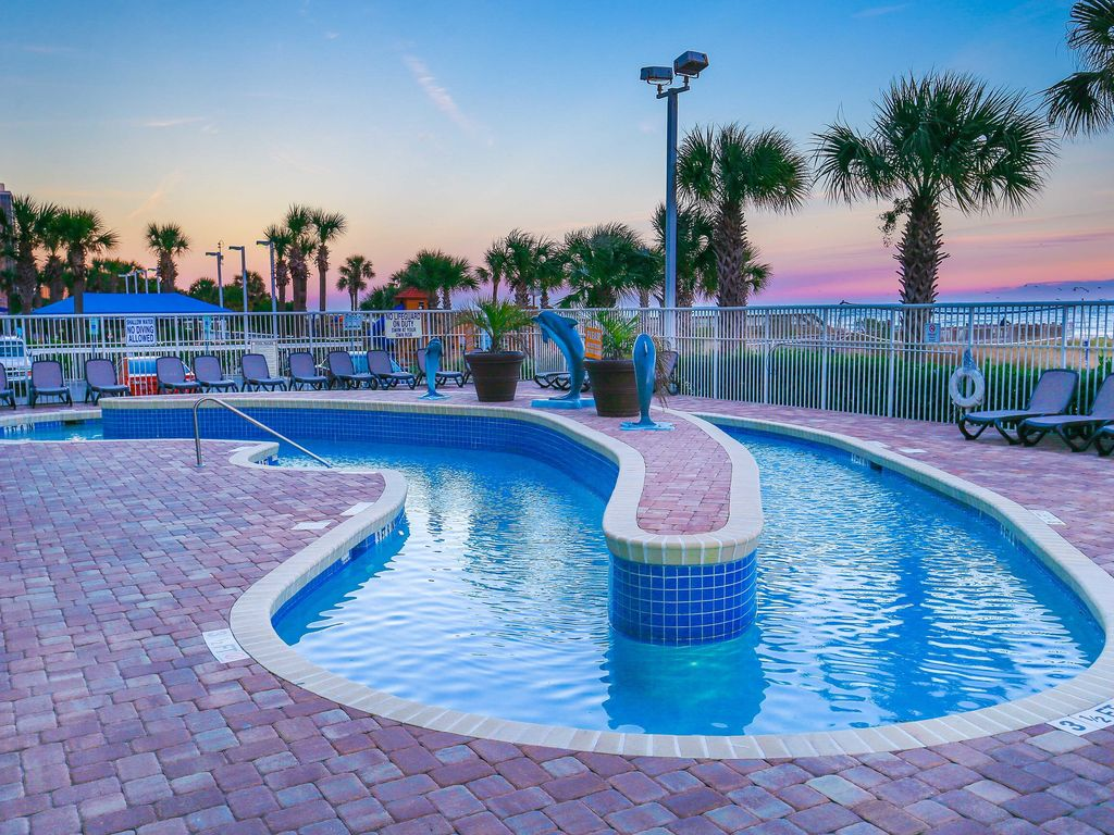 Myrtle Beach Oceanfront Resorts With Water Parks