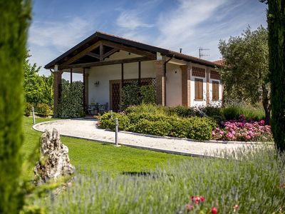Photo for Glicine Apartment in Farmhouse with garden and swimming pool