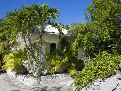Photo for In The Heart Of Grace Bay, Minutes To The Beach