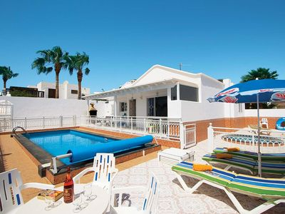 Photo for 3 bedroom Villa, sleeps 6 in Puerto del Carmen with Pool and WiFi