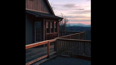Photo for Chapel Rest - 2 - bedroom, 2 - bath, Stunning mountain view