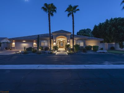 Photo for Luxury Desert Villa With Lagoon Pool and Tennis Court