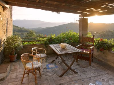 Photo for Holiday apartment in open countryside between Perugia and Gubbio