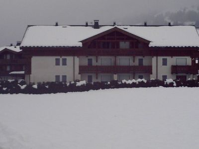 Photo for Luxurious apartment in upmarket new chalet. Magnificent view. Pretty village