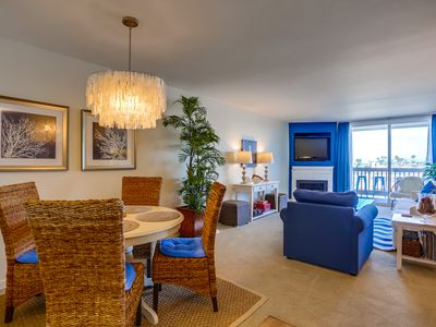 Designer Decorated Condo w/Spectacular Ocean View - Steps to Beach, Pool BBQ