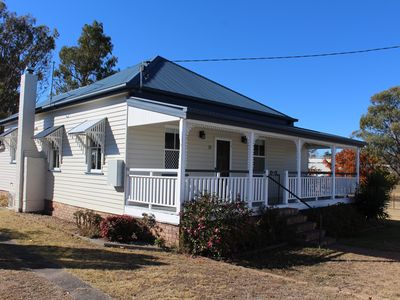 Photo for Creekview Cottage - In the Heart of Stanthorpe