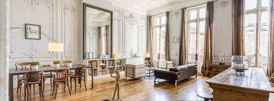 Photo for Haussman apartment 180m2, center, air conditioning, parking