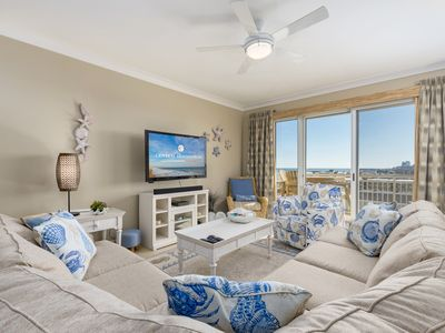 Gateway Grand 602, you will wake up to incredible, panoramic views of ocean and bay!