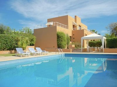 Photo for Air-Conditioned Villa with Pool, Jacuzzi, Garden, Terrace & Wi-Fi; Parking Available