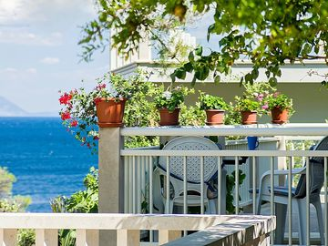 Search 5,826 holiday rentals