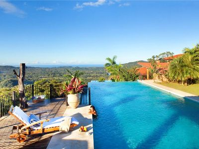 Private pool with views to the Pacific Ocean