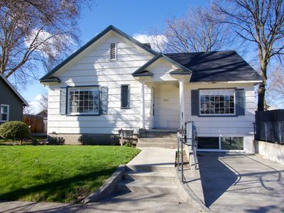 Fantastic Updated Home - Walk to Whitman Campus & Town