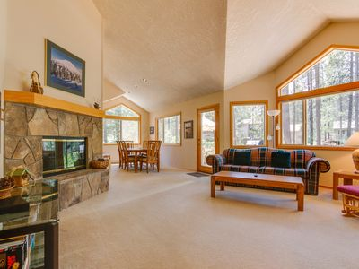 Photo for Large Sunriver home in quiet neighborhood w/ private hot tub & Free SHARC access