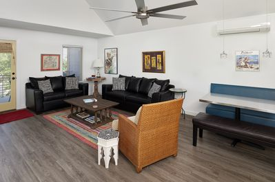 living area with a queen size pull out sleeper sofa