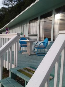 Photo for Charming Lagoon Point beach cottage with peekaboo water view (237)