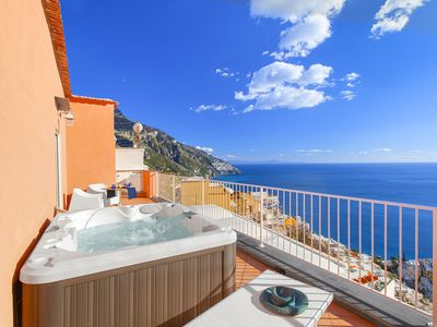 Photo for Casa Bluedream with Sea View, Terrace and Jacuzzi in Positano