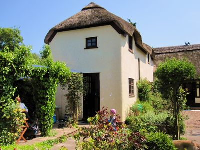 Photo for Luxurious Grade II Thatched Cottage