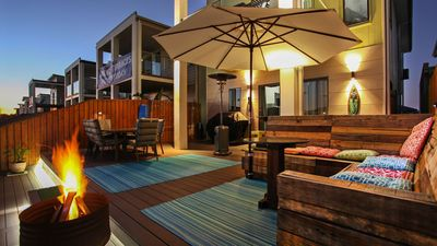 Photo for Lakeside Deck Holiday House