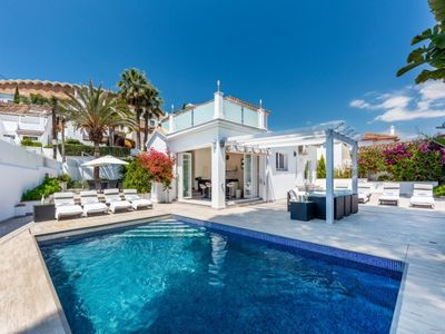 Photo for 4 bedroom Villa, sleeps 8 with Air Con and FREE WiFi