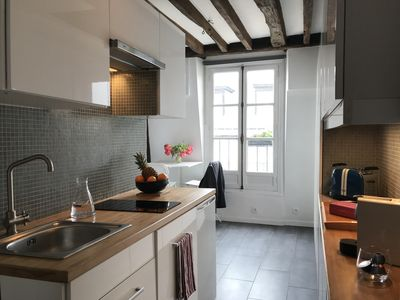 Photo for Bright apartment with balcony - Folies Bergères