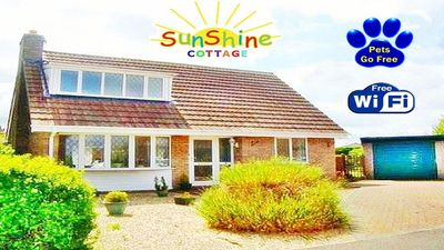 Photo for AWESOME 3 BED FAMILY COTTAGE, PET FRIENDLY, WIFI, GREAT LOCATION nr BEACH & SEA