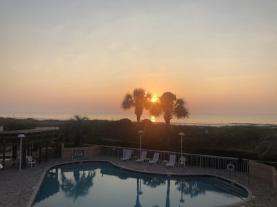 Unrestricted beach access - luxurious seaside resort with exceptional amenities