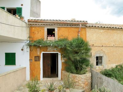 Photo for Lovely apartment for 6 people with WIFI, private pool, TV and parking