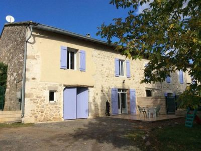 Photo for Gite Castelnau-de-Montmiral, 4 bedrooms, 8 persons