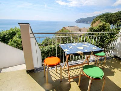 Photo for Apartment Eucaliptus 81 in Moneglia - 2 persons, 1 bedrooms