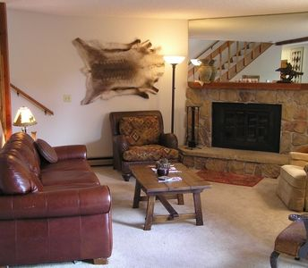 Photo for Aspen Cabin in the Rockies - Near Golf Course, Lovely 2 bed Condo,Sleeps 6