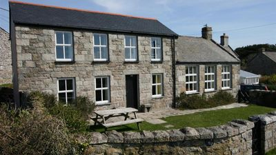 Photo for The Quillet - Three Bedroom House, Sleeps 6