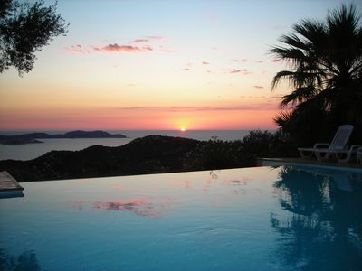 Photo for Villa pool for 6 people seen sea