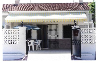 Photo for Air-conditioned house in Torrevieja south of Alicante 15 minutes from the beach.