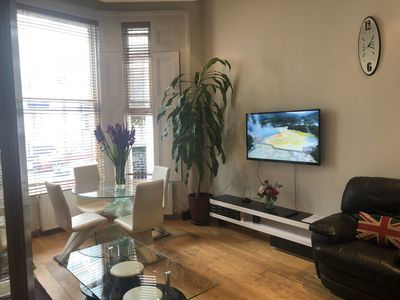 Photo for ONE BEDROOM APARTMENT IN KENSINGTON