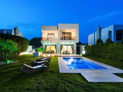 Photo for Villa Elena with private pool
