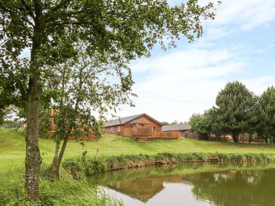 Photo for CEDAR LODGE, family friendly, with hot tub in Wolvey, Ref 1009863