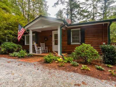 Photo for Foxtrot, Walk to Town Highlands Vacation Rental