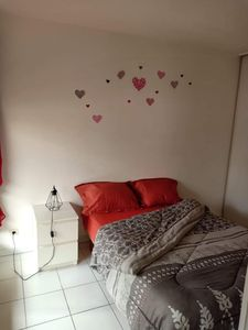 Photo for Marseille - Old Port : Apt + terrace + air cond 4 persons - Old Port. Charming air conditioned T2  
