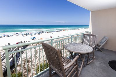 Balcony - Enjoy a captivating view of the breath-taking waters of the Emerald Coast from the wrap around balcony!