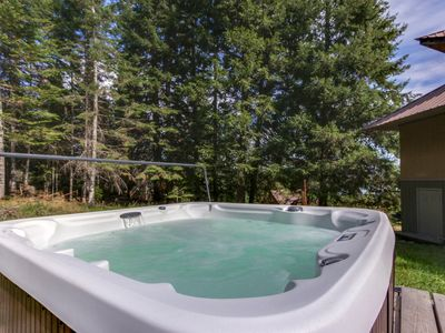 Photo for NEW LISTING! Dog-friendly, riverview cabin w/amazing views, private hot tub
