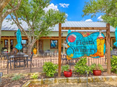 Photo for 5BR Cabin Vacation Rental in Fredericksburg, Texas