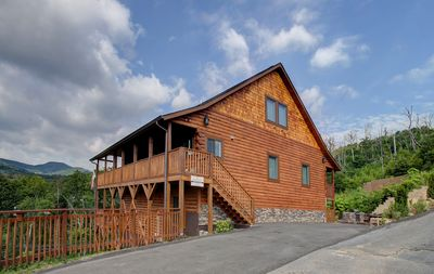 Photo for BRAND NEW LISTING!!!  Southern Comfort is a newly built Luxury Cabin.