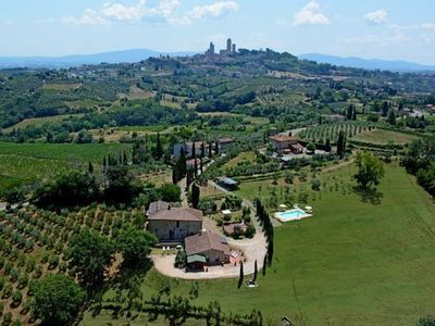 Photo for Green Apartment - 1 km from San Gimignano with swimming pool and Wi-Fi