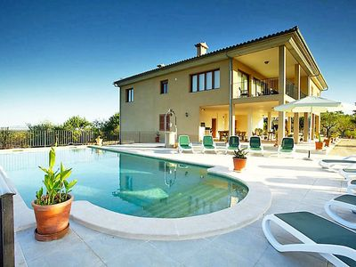 Photo for This 5-bedroom villa for up to 10 guests is located in Selva (Majorca) and has a private swimming po