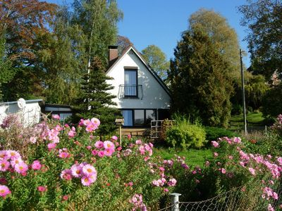 Photo for Cozy, Ostseenahes holiday house at the nature reserve for up to 4 people