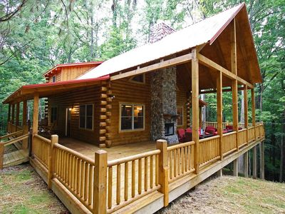 Photo for Treetops Lodge and Family Fun Barn (5 Minutes to Old Man's Cave!)