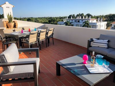 Photo for Charming 3 + 1 bedroom apartment, private terrace and pool