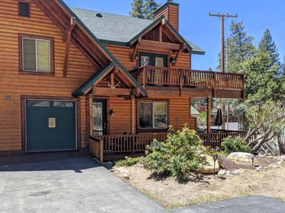 Photo for Beautiful Mountain Log Style Home With Great Location. Hot tub & ping pong table