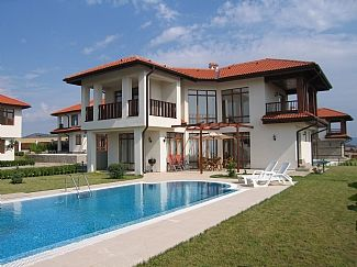 Photo for Detached Villa With Large Private Pool And Sea Views
