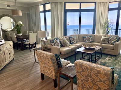 Luxury Oceanfront Condo With Lazy River